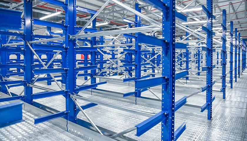 legge manutenzione scaffali industriali abruzzo