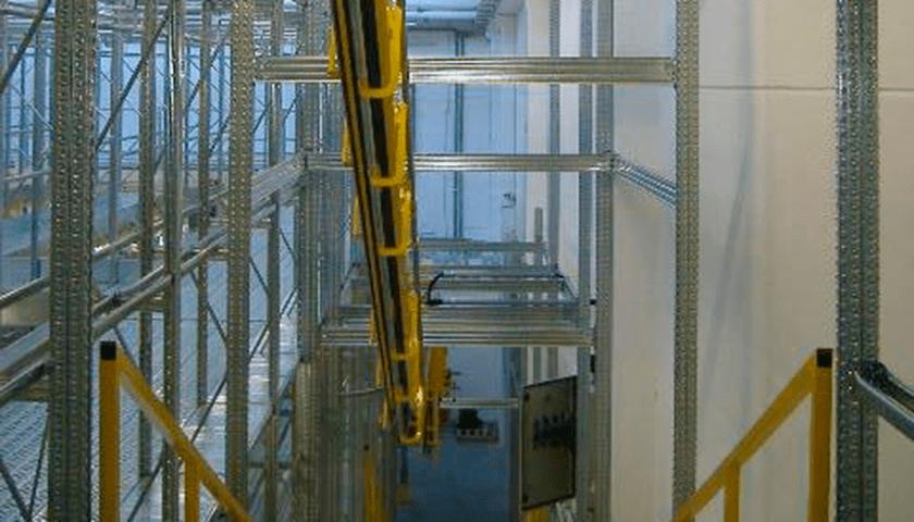 magazzini sistemi trasporto aereo