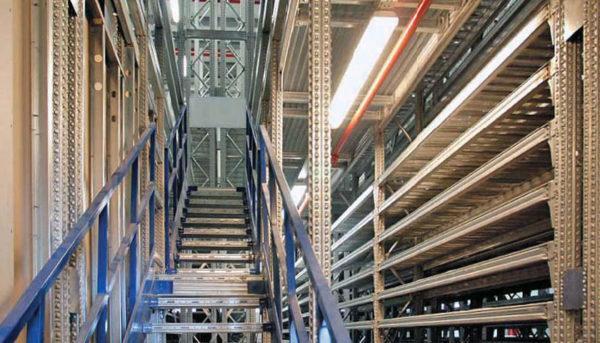 scale per soppalchi industriali