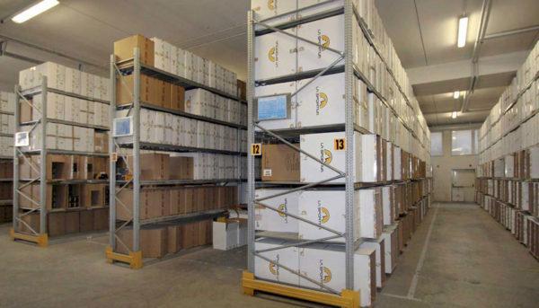 scaffalature metalliche archivio documenti