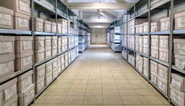 scaffali metallici per magazzini